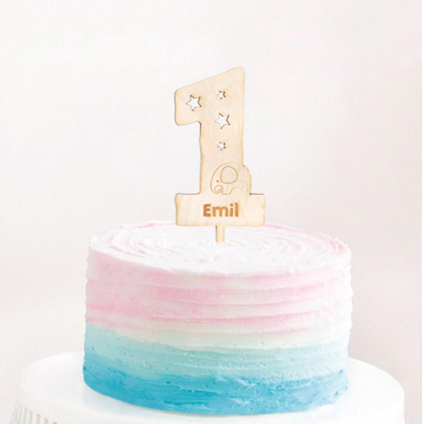 Individualisiere deine Feier durch persönliche Cake-Topper