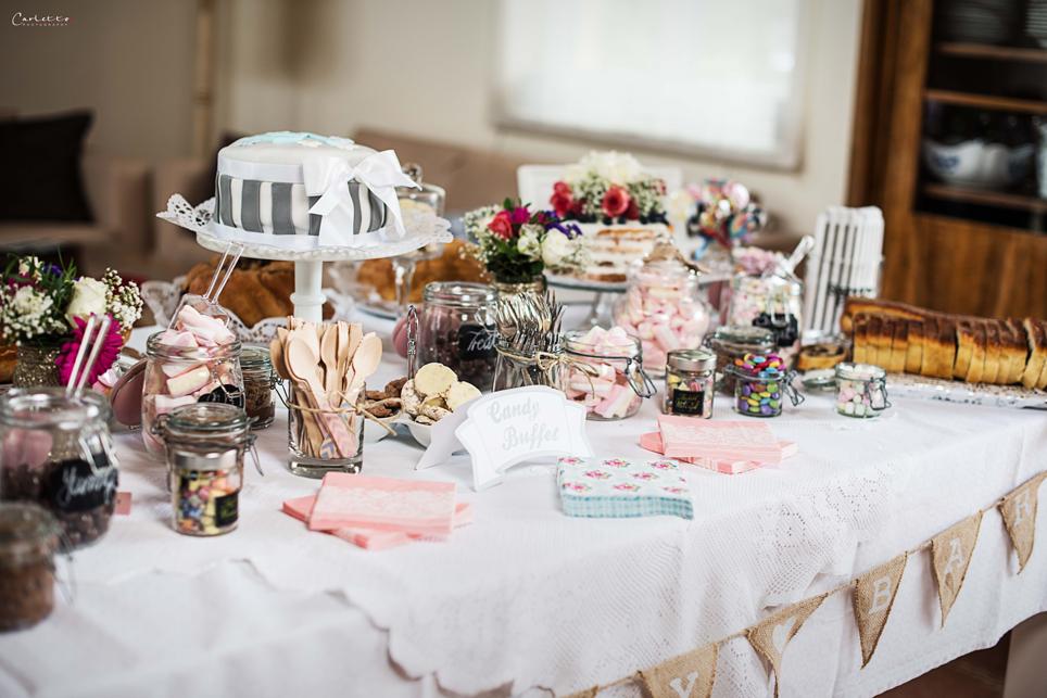 Fantastischer Sweet Table im Landhaus-Look