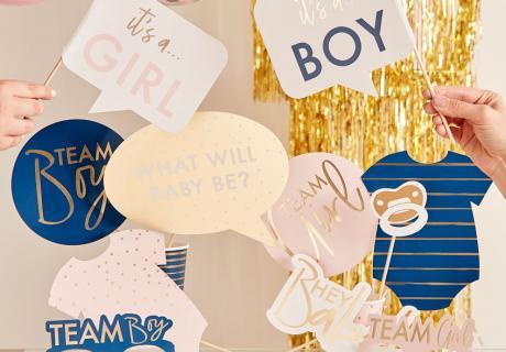 Für schöne Erinnerungsfotos an die Babyparty ist Photobooth-Zubehör supernützlich