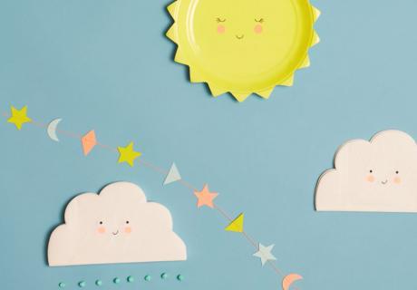 Sonne, Mond und Sterne und kleine Wölkchen - moderne und neutrale Deko mit niedlichen Motiven