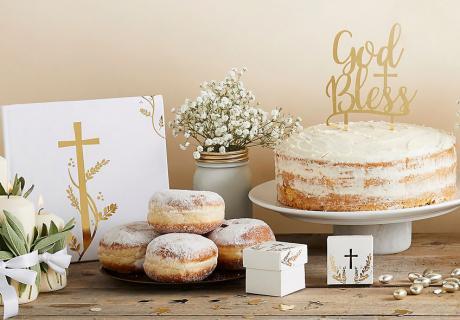 Ein Blickfang zur Taufe - erfreu deine Gäste mit festlicher Deko in Gold & Weiß